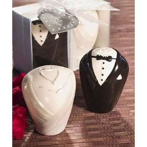 Adorable Bride & Groom Salt & Pepper Shaker Favors