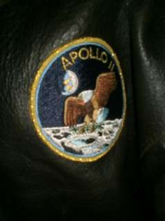 RARE AVIREX TYPE A2 APOLLO 11 EAGLE FLAG LEATHER AVIATOR BOMBER JACKET